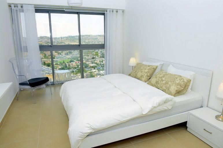 עיצוב חדר שינה גדול
