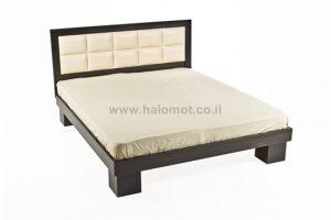 מיטה חלום וחצי עם ראש מיטה מרופד - דגם טוקיו קוביות