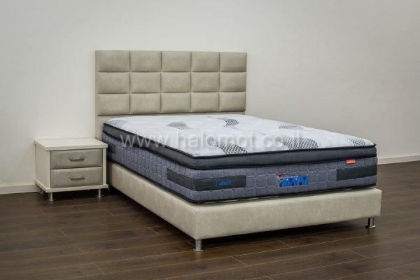 מיטה זוגית מרופדת דגם יפית