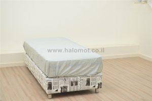 מיטת נוער בסיס מרופד