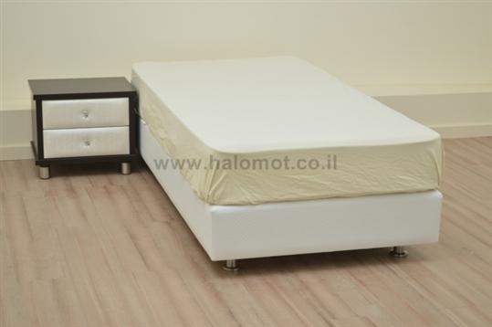 מיטת ילדים בסיס מרופד