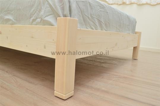 מיטה זוגית מאור פלוס - מעץ מלא
