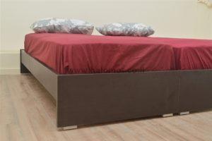 מיטה יהודית דגם שמפניה