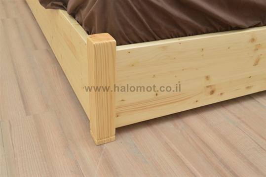 מיטה זוגית עם ארגז מצעים מעץ מלא - מאור