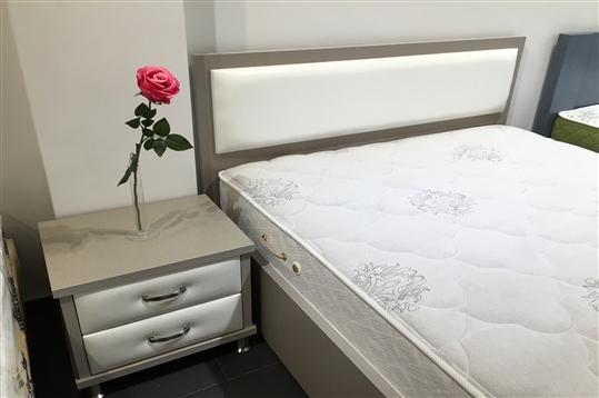 מיטה חלום וחצי עם ראש מרופד דגם קרמבו