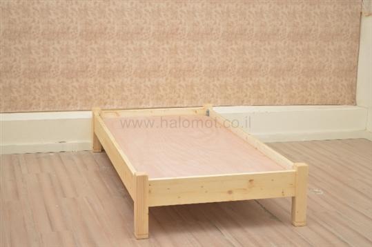 מיטה נוער מעץ מלא דגם מאור
