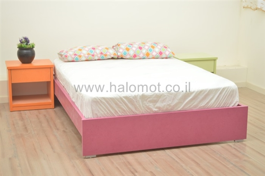 מיטה דגם איריס מצעים