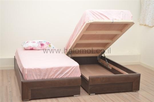 מיטה יהודית עם ארגז מצעים דגם סתיו
