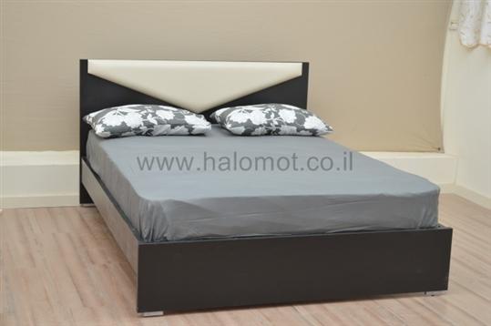 מיטה זוגית במבצע דגם בומרנג