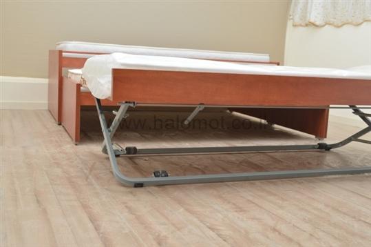מיטה משולשת - מיטה נפתחת לנוער