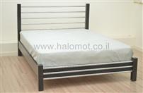 מיטה זוגית עם ברזלים ומזרן אורטופדי