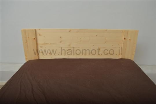 מיטה זוגית עם ארגז מעץ מלא דגם רפאל