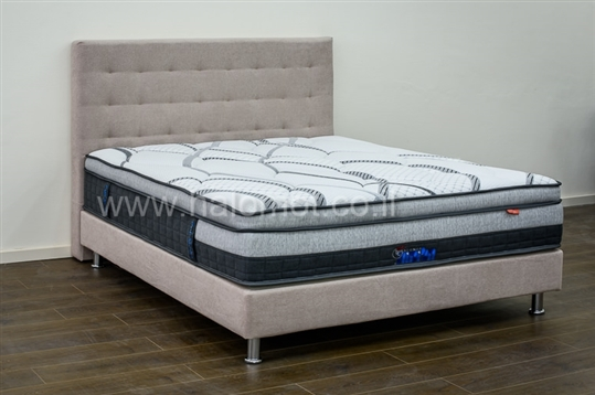 מיטה זוגית מרופדת דגם רילקס