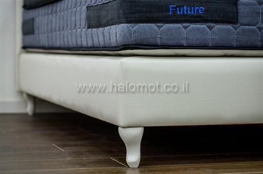מיטה זוגית מרופדת דגם אמרלד