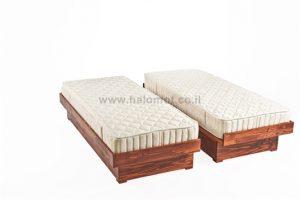 מיטה יהודית מעץ מלא פגודה מצעים