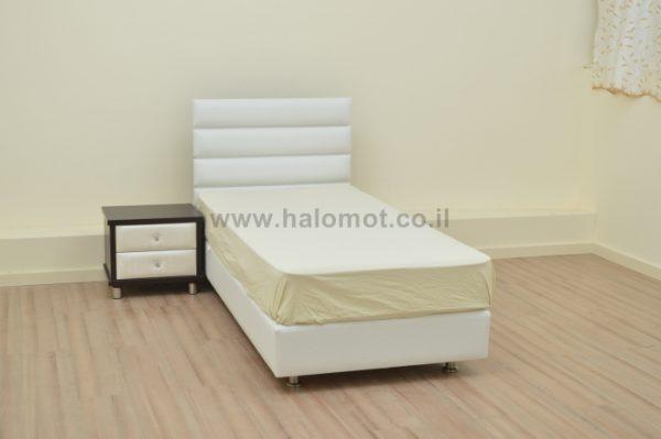 מיטת נוער מרופדת עם ארגז מצעים דגם אופק