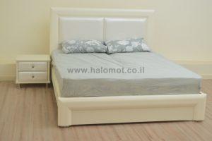 מיטה זוגית עם ארגז מצעים סתיו מרופד