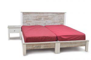 מיטה יהודית דגם פריק