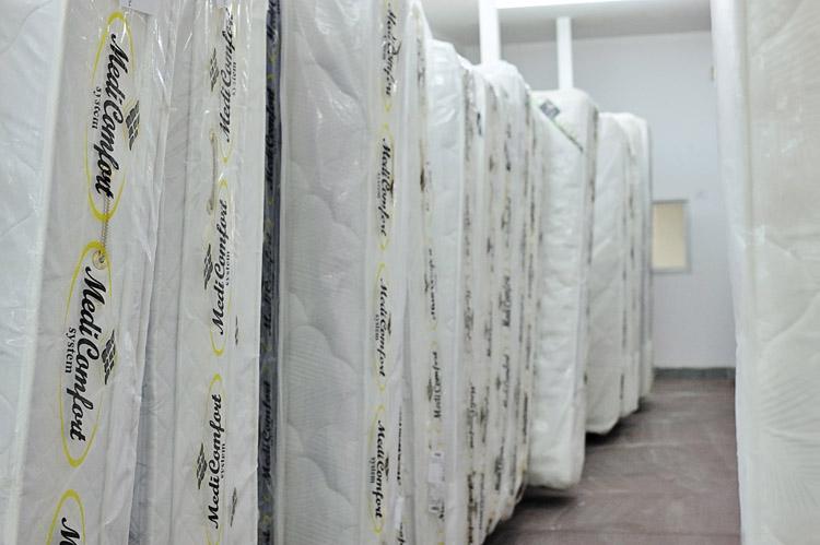 מיטות ומזרונים בסיטונאות