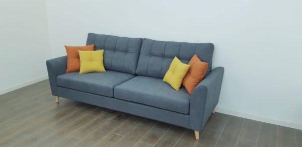 ספה תלת מושבית לסלון דגם תילתן רגל עץ